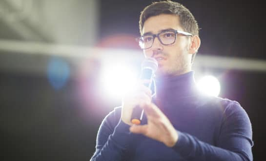 10 Ways to Improve Public Speaking for Introverts